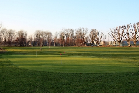 chipping green golf compact idron